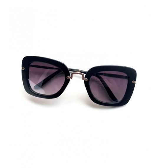 Óculos Escuro Detalhes Dourados - Lente Preta Proteção UV